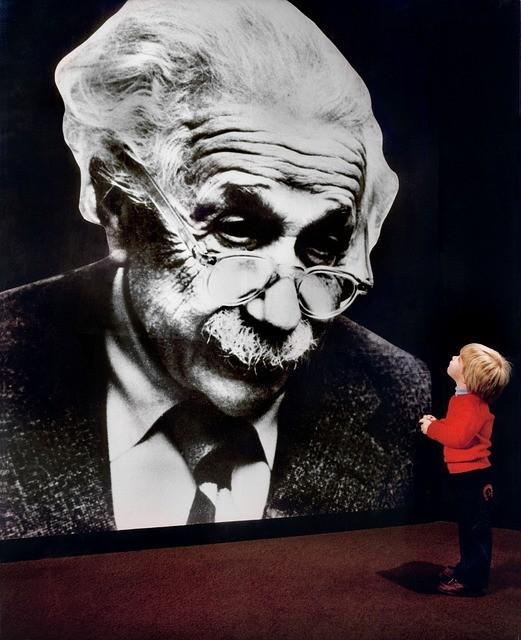 Albert Ajnstajn