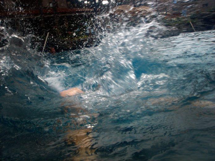 Skok u vodu