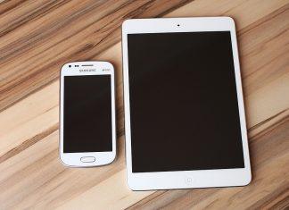 Mobilni telefon i tablet