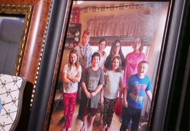 Desetočlana porodica