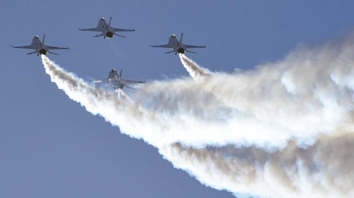 avioni lovci