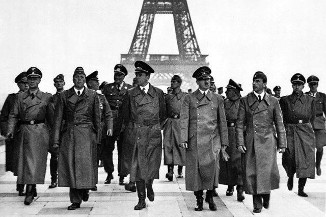 Hitler u Parizu
