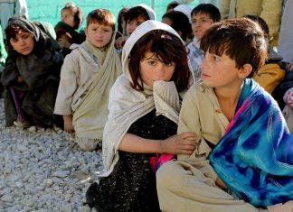 Siromašna deca u Avganistanu