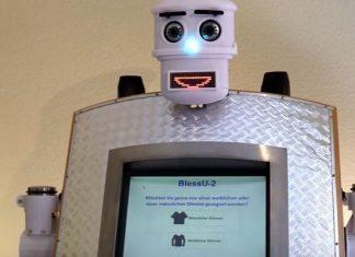 Robot sveštenik