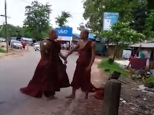 Tuča budističkih monaha