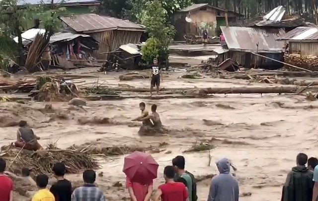 Oluja na Filipinima