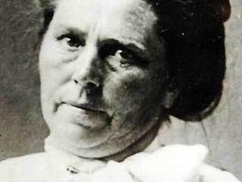 Madam Popova