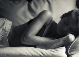 Krevet Spavanje Devojka