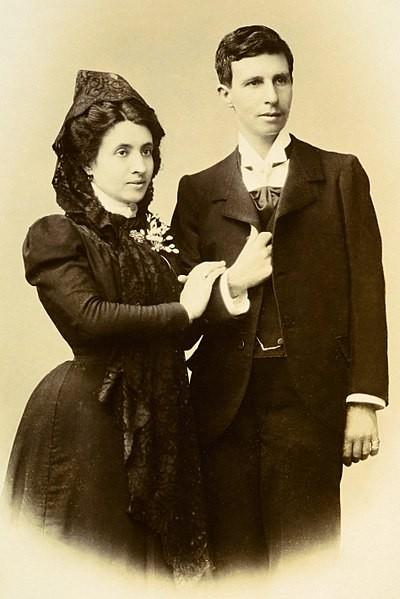 Prvi gej brak