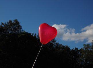 Balon Nebo