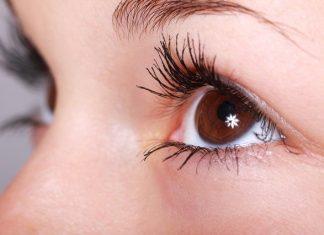 Oko oci maskara